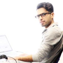 Pooyan Behnamghader